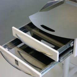 Приборный столик со штативом
