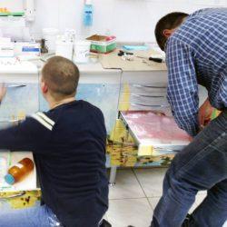Юрий и Сергей меняют фасад на новый